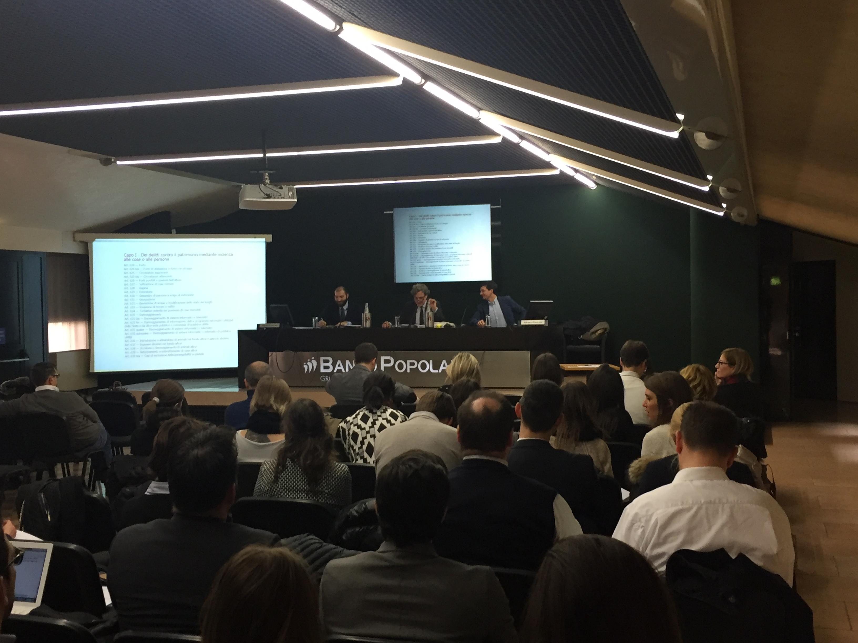 Reati contro il patrimonio: Scuola CP Veronese
